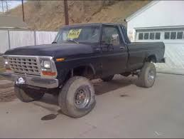 Why do so many people drive huge lifted trucks as daily drivers when ...