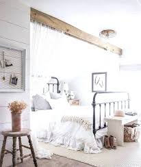 sloped ceiling bedroom decorating ideas sloped ceiling bedroom decorating ideas