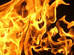 Resultado de imagem para casa pega fogo imagem ilustrativa