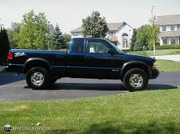 2003 Chevrolet S-10 - Information and photos - ZombieDrive