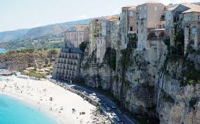 Italy is located in southern europe, and is also considered part of western europe. Tropea Village Le Plus Beau D Italie Lepetitjournal Com