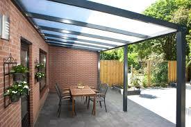 pergola se pot utiliza terasele si pe vreme friasa