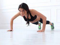 Oberarme trainieren : So wird schlaffe Haut wieder straff Liebenswert