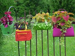 This is an attractive way of creating a barrier or a gorgeous alternative to traditional fencing. Upcycled Container Gardens Hgtv