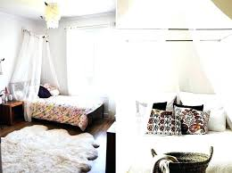 Canopy Bed Curtains Feather Wall Hanging Sheer Curtains Blinds And ...