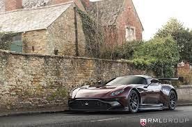 Der Einzige Aston Martin Vulcan Mit Straßenzulassung Addicted To Motorsport Aston Martin Sportwagen Vorderachse