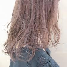 2018年秋冬ヘアカラートレンドは暗髪とピンク色落ち予防法も解説