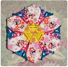 Best     English paper piecing ideas on Pinterest   Paper piecing     Pinterest Daisy Chain English Paper Piecing project   Red Pepper Quilts