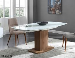 Baobab: Oval Glass White Extendable Kitchen Table