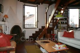 antibes vieil antibes location saisonnière appartement 65 m²