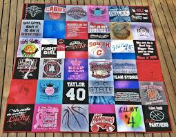 How to Make a Quilt from Old Clothes: Inspiration & More & Quilting with shirts Adamdwight.com