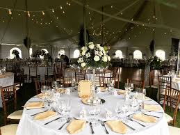 available in 3 4 5 and 6 rounds tables can accommodate parties of 4 6 and up to 10 12 depending on size table linens suggested