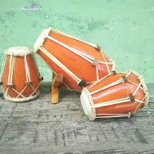 Oleh masyarakat dawa , nusa tenggara alat musik ini tergolong kedalam alat musik pukul karena cara memainkannya dengan cara dipukul. 8 Alat Musik Tradisional Indonesia Dan Daerah Asalnya Indozone Id