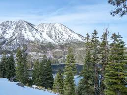 With the bluest of blue water and the greenest of green surrounding forest, lake tahoe, quite simply, transfixes. 10 Things To Do In South Lake Tahoe In The Winter For Non Skiers Californiacrossings Com