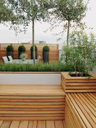 Gartengestaltung Mit Holz Gartengestaltung Mit Holz Ideen Fur Ein Pin Gartengestaltung Ideen Essplatz Rasenflache Holz Sitzbank On