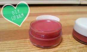 how to make your own lip balm with a beetroot