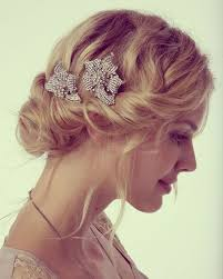 Wedding Hairstyles And Make Up Guide For Short Hair