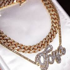 18kgold cuban link bust down with 1 custom