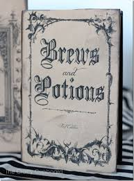 printable y book covers via craftycupboard net