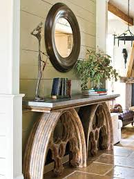 There are many luxorious console table designs you can choose from.