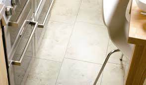 Best Tile For Kitchen Floors Ceramic Or Porcelain Tile For Kitchen Floor Kitchen Kitchen Floor