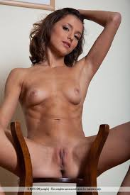 Firm Tummy On Hot Slim Babe Nude From
