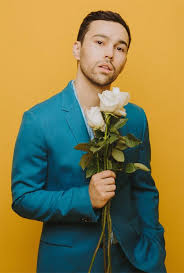 Email interview with singer songwriter Max Schneider : The DONG-A ILBO
