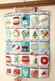 5 Christmas Paper Piecing Patterns for Beginners | Advent calendars & 5 Christmas Paper Piecing Patterns for Beginners Adamdwight.com