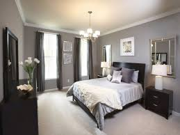 what color bedding goes with dark grey walls