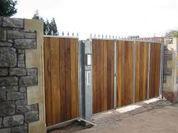timber bi folding gates 01