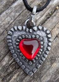 heart pendants europe whole in stock euro dollar