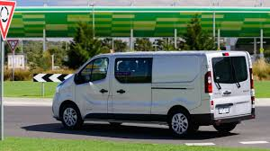 2018 renault trafic.  trafic 2018  renault trafic crew new car throughout renault trafic