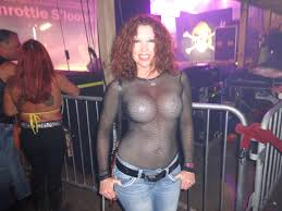 Real Woman Going Wild at Midwest Biker Rally   Free Porn Videos