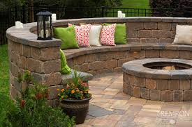 Retaining Wall Seating Stonegate Retaining Wall Blocks Tremron Jacksonville Pavers