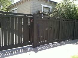 Modern Contemporary fences www.gateforless.com Designer fence in Mission  Hills landscape