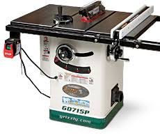 grizzly contractor table saw. last summer, grizzly tools introduced its polar bear line of woodworking machines. among the new in that is this 2-hp hybrid tablesaw with a contractor table saw v