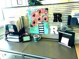 Cute office decorations Secretary Office Decoration Neginegolestan Work Desk Decoration Ideas Office Cubicle Decor Decorating For