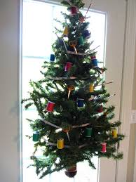 Best 25 Xmas Trees Ideas On Pinterest  DIY Xmas Decorations Tree Christmas Trees That Hang On The Wall