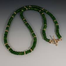 chrome diopside bead necklace
