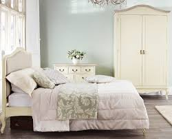 Shabby Chic Cream Bedroom Furniture Shabby Chic Bedroom Furniture Ebay To Use A Combination Of