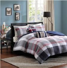 amazoncom contemporary plaid comforter set fullqueen bed