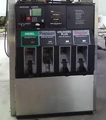 gilbarco gas pump. gilbarco advanatge b07 with monochrome crind gas pump d