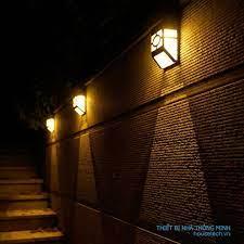 Đèn tường ngoài trời chống nước, 100% dùng ánh sáng tự nhiên