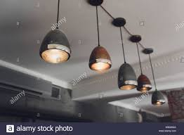 Moderne Kronleuchter Mit Led Lampen Hängen An Der Decke In