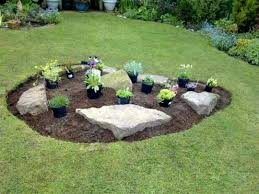 Round rock gardens Small Backyard Beautiful Small Rock Garden Decoist Some Considerations For Your Small Rock Garden Ideas Homes