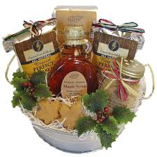picture of maple treats gift bucket