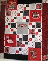 273 best Quilts--T-shirts images on Pinterest | Sewing projects ... & Bonnie's UGA quilt - this is a great pattern using just 5 t-shirts ( Adamdwight.com