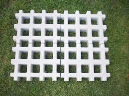 Concregrama l cimentício concregrama 60 x 40 x 10 cm 隣 4,2 peças por metro quadrado solicite orçamento através: Pisograma Liso 33x43x07 Cm La J Lucas