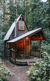 Small Cabin Interior Photos | Small Cabin | cabin in the woods | Pinterest  | Small cabin interiors, Interior photo and Cabin