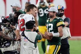 Tom Brady trolls Aaron Rodgers again ...